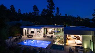 New-Build Spec House in Beverly Hills Includes an Andy Warhol Art Collection