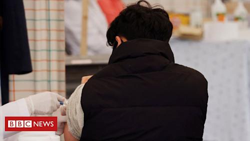 South Korea flu jab: Investigation into 13 deaths after vaccine