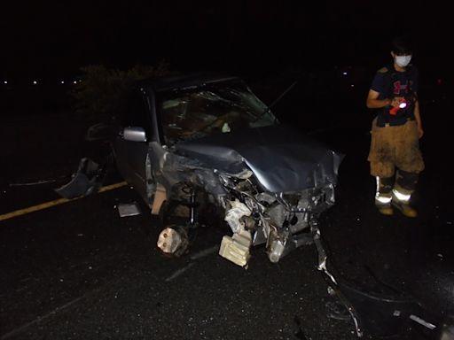 國道一號高雄橋頭段5車追撞 雙胞胎哥下車警戒 弟遭撞飛不治