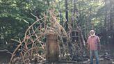 居家隔離太閒!他在後院打造「異世界之門」 15萬人讚爆