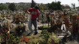 Mexican state eyes closing US border as Arizona cases rise