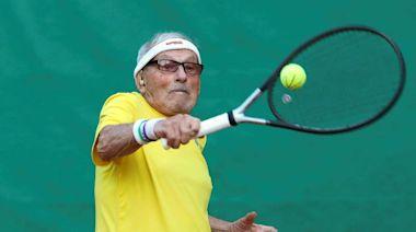 網球魂不老!97歲阿公拚世錦賽 夢想挑戰費德勒