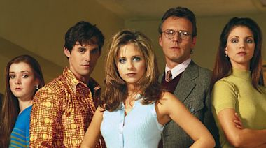 Buffy's Sarah Michelle Gellar is bingeing the show from the beginning