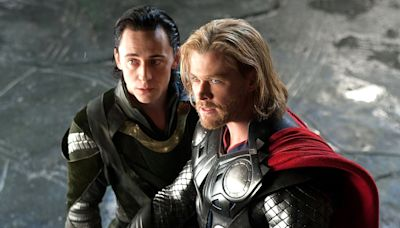 Chris Hemsworth Celebrates Thor 's 10-Year Anniversary in Throwback Photo with Tom Hiddleston