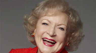 Betty White Turns 99, Basks In Outpouring Of Social Media Affection And Slates 'Pet Set' Release