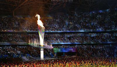 習近平揭幕全運會 奧運健兒接力點燃「復興之火」