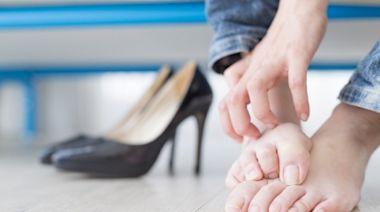 一下雨香港腳就發作? 皮膚科醫列「日常5大黴菌感染源」:這種腳型也易得-台視新聞網