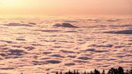 Timelapse Captures Sunlit Clouds Moving Across Albuquerque, New Mexico