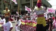 Peru labor groups protest for better wages