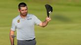 Golf-Oosthuizen keeps his cool to retain Open lead