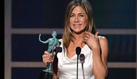Jennifer Aniston Tears Up Winning First SAG Award in Nearly 25 Years