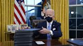 Biden jump-starts coronavirus response, requires face masks for travel