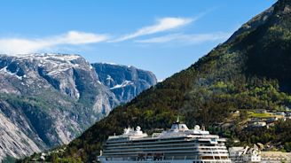 7 Reasons Cruises Aren't Just for Retirees