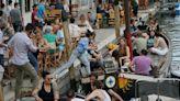 Zona gialla, nessuna Regione cambia colore: Sardegna e Sicilia rischiano di più di lasciare la bianca