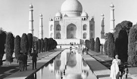 Vintage photographs of the world's most iconic landmarks