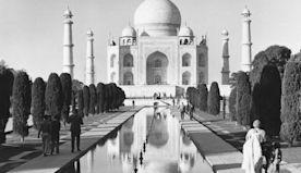Fascinating photos of the world's iconic landmarks