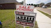 US average mortgage rates fall again; 30-year loan at 3.04%