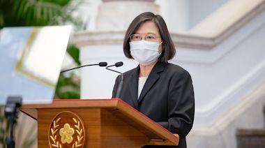 蔡英文開國安會議:團結防疫 專案查假訊息