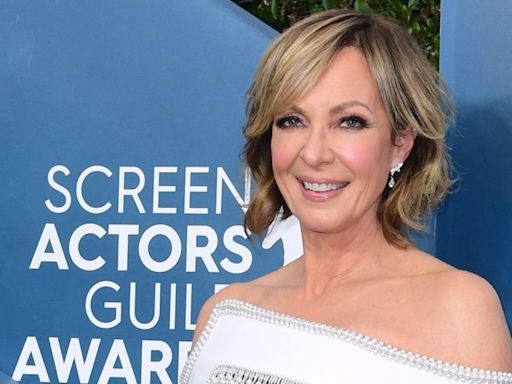 Allison Janney Says a 'Germaphobe' Co-Star Made Her Put Neosporin on Her Lips Before a Kissing Scene