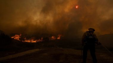 Evacuation orders lifted as crews make headway on Southern California wildfires