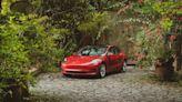 Tesla 特斯拉首推車內移動電影院車主「充電追劇」新風潮,十大車主最愛劇集大公開 | 蕃新聞