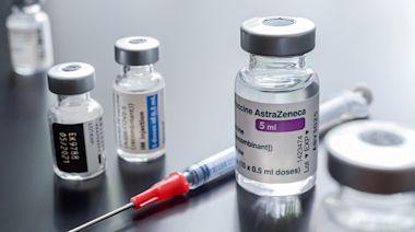 天下晨間新聞 AZ疫苗的嚴重副作用機率有多高?一張圖看懂年齡差異|天下雜誌