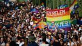 抗議反同新法 布達佩斯萬人遊行挺LGBTQ   蘋果新聞網   蘋果日報