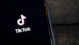 Why TikTok May Crush Instagram and Snapchat as Social Media Users Grow Up   Charts