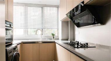 廚房定製櫥櫃千萬別做滿!現在流行「空一格」,美觀又實用