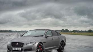 """Jaguar XJ """"renacería"""" como un automóvil eléctrico"""