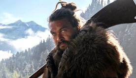 Jason Momoa Fed a Bear an Oreo From His Mouth for 'See'