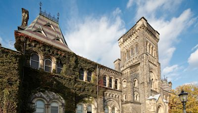Students, staff lash out at University of Toronto for lack of COVID-19 prevention protocols, posting allegedly 'fake' photos