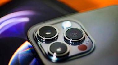 「劉海」變小 電池更耐用?疑似iPhone13模型圖曝光