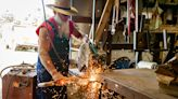 Blind artist has a great vision for sculptures