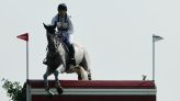 Olympics-Equestrian-Britain's Townend takes lead, Germany's Jung falls back