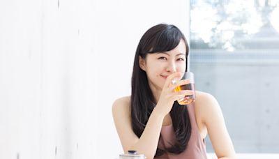 除了綠茶,這幾種茶飲也能越喝越瘦!飯前一杯國寶茶可抑制脂肪吸收、夏天喝白茶最清熱降火
