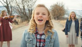 """Kid's choir moves hearts with rendition of """"I Can Only Imagine"""""""