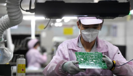 China September factory activity seen growing slightly: Reuters poll