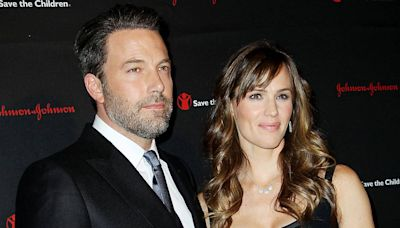 """Inside Ben Affleck's """"Low-Key"""" Father's Day With His and Jennifer Garner's Kids"""