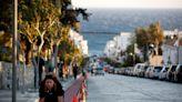 Mykonos rejects fresh lockdown as Greece sees cases rise