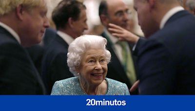 Desvelado el mal hábito de la reina Isabel II que le hizo ser ingresada en el hospital