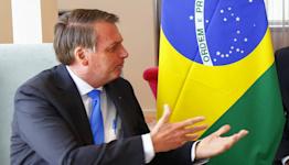 Brazil Markets Sink on Fears Social Aid to Break Fiscal Rule