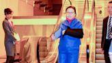 鄭若驊倫敦做手術後赴京 「大使館安排我返國家」