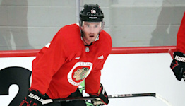 Jonathan Toews returns to the ice on Day 1 of Blackhawks training camp 'feeling a lot better' — and says he had COVID-19 in addition to a stress condition