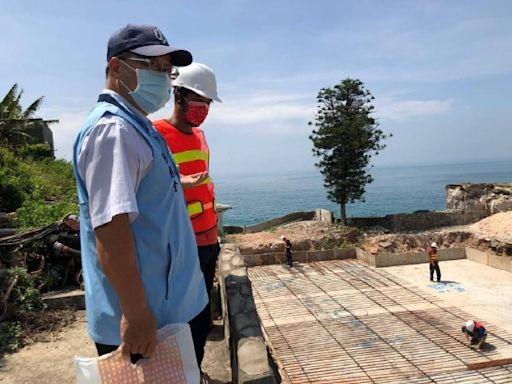 金門秘書長率隊赴烏坵 關懷鄉民疫苗施打及島上建工程進度