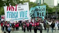 Argentines rally for wage relief amid covid crisis