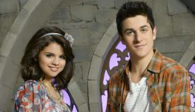 Selena Gomez Announces 'Wizards Of Waverly Place' Reunion With David Henrie   96.1 NOW