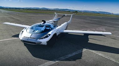 Car that can turn into plane to 'go on sale within next six months'