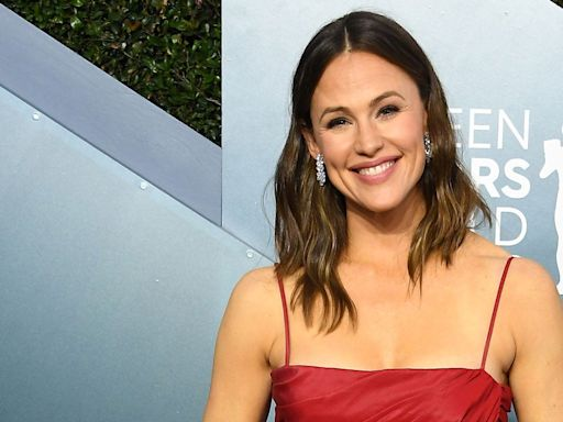 Jennifer Garner on How Her Mother Grew Up in Poverty, Fame and Being Married in Hollywood