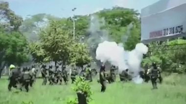 Homemade explosive detonates in Colombia protests